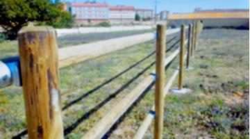 Cercados vallas cerramientos montadores de alambradas - Estacas de madera para cierres ...